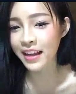 แนวคลิป – น้องพริกไทยคนสวย จัดหนักโชว์นมเน้นๆผ่าน Facebook Live คลิปถ่ายทอดสด HD