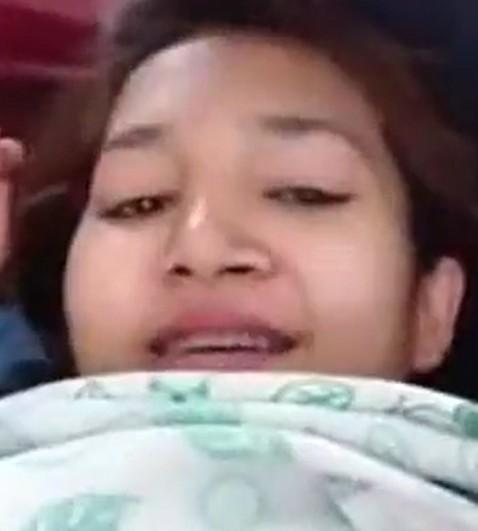 สาวบ้านๆหลุดมานอนให้แฟนเล่นนมคลำหีเสียงไทยชัดเจน